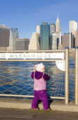 Little girl at Manhattan, New York City, USA — Stock Photo