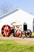 Old tractor near Jonesboro, Maine, USA — Stock Photo