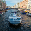 View of River channel with boats in Saint-Petersburg - Stockfoto