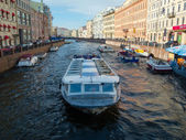View of River channel with boats in Saint-Petersburg — Stock Photo