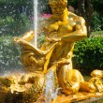 Triton fountain in lower park — Stock Photo