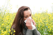 Young woman has hay fever — Stockfoto