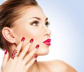 Mulher com manicure — Foto Stock