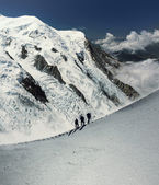 Climbers in alps — Stock Photo