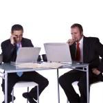 hommes d'affaires travaillant ensemble — Photo