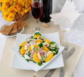 Vitamin salad with pink wine — Stock Photo