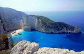 Boote und shipwreck beach, insel zakynthos — Stockfoto