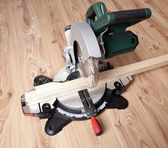 Electrical saw with circular blade — ストック写真