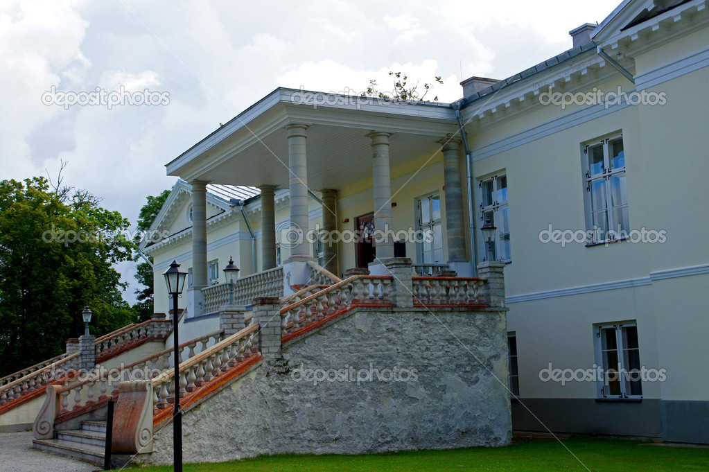 Manor in the west of Estonia. 18 century. Vihterpalu. — Stock Photo #11786688