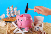 Need money for summer holidays — Stock Photo
