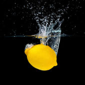 Lemon Splashing — Stock Photo
