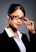Hispanic woman with spectacles — Stock Photo