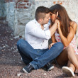 Young couple kissing — Lizenzfreies Foto