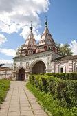 Kostely a kláštery v suzdalu — Stock fotografie