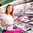 Woman shopping — Stock Photo