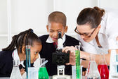 Elementary science class — Stock Photo