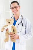 Female pediatrician — Stock Photo