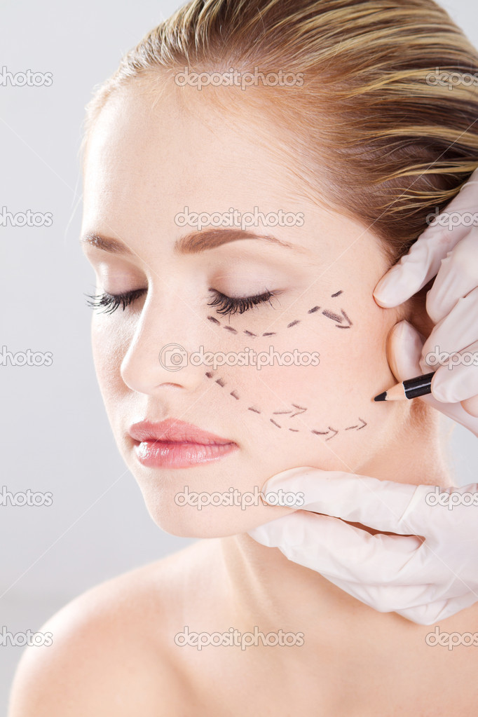 Doctor draw correction lines on woman face. Before plastic surgery — Stock Photo #11308862