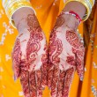Indian woman hands with henna — Stok fotoğraf