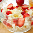 Sweet milk cottage cheese with strawberries — Stock Photo