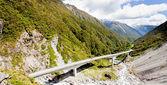 Arthurs Pass Viaduct highway, Southern Alps, NZ — Stock Photo