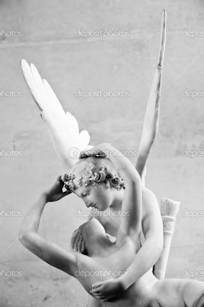 Antonio Canova's statue Psyche Revived by Cupid's Kiss, first commissioned in 1787, exemplifies the Neoclassical devotion to love and emotion — Stock Photo #11191732