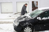 Zimní auto - boy odebrat — Stock fotografie