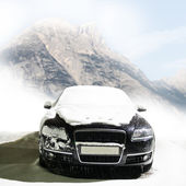 Car on the mountain road — Stock Photo