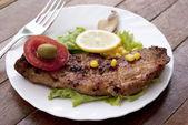 Appétissante viande frite juteuse — Photo