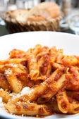 Italienisches Fleisch-Soße Nudeln — Stockfoto