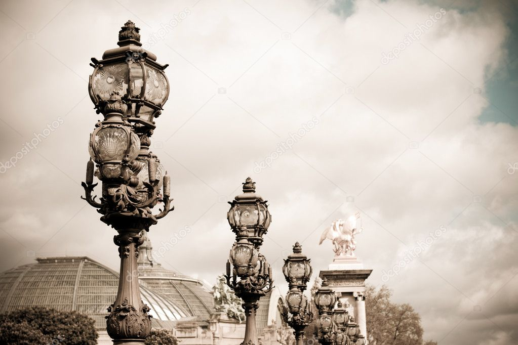 Pont Alexandre III is an arch bridge that spans the Seine, widely regarded as the most ornate, extravagant bridge in Paris. — Stock Photo #12073290