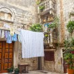 Courtyard in Trogir - Croatia. — Stock Photo