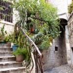 Narrow alley - Trogir, Croatia. — Stock Photo