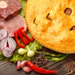 Fydzhin Meat Pie, Vegetables — Stock Photo