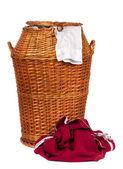 Cesta de mimbre de lavandería — Foto de Stock