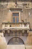 Ducal palace castromediano-limburg. cavallino. puglia. italien. — Stockfoto