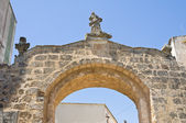Η πύλη του Αγίου vito. Σολέτο. Puglia. Ιταλία. — Stockfoto