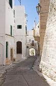 Alleyway. Ostuni. Puglia. Italy. — 图库照片