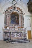 胭脂红的教会。马泰拉。巴西利卡塔。意大利. — 图库照片