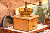 Old wooden coffee grinder, for sale outdoors — Stockfoto