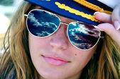 Sexy girl in sunglasses — Stock Photo