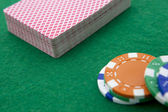 Deck cards and casino chips close-up — Stock Photo