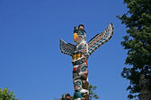 Totem Poles in Stanley Park, Vancouver Canada — Stock Photo