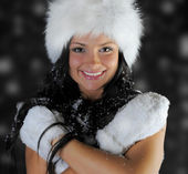 Beautiful woman in a winter hat — Stock Photo
