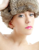 Lovely beauty in winter hat — Zdjęcie stockowe