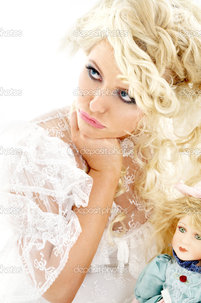 Unhappy bride � Stock Photo � Syda_Productions #11757239