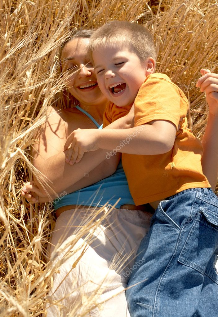 Picture of happy mother and laughing kid — Stock Photo #11758538