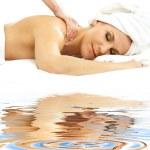 massaggio professionale sulla sabbia bianca — Foto Stock