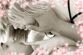 Monokrom förkärlek med blommor — Stockfoto