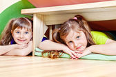 Due bambine — Foto Stock
